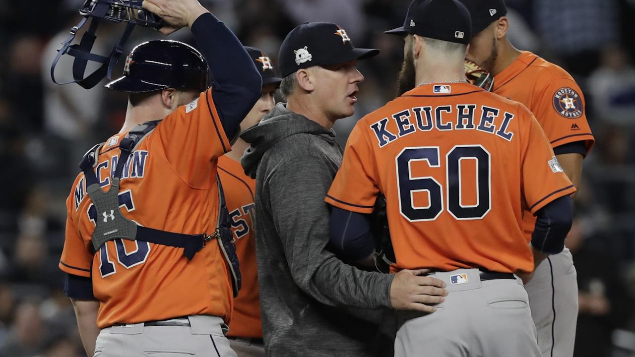 Hinch won't rule out Verlander for Game 7