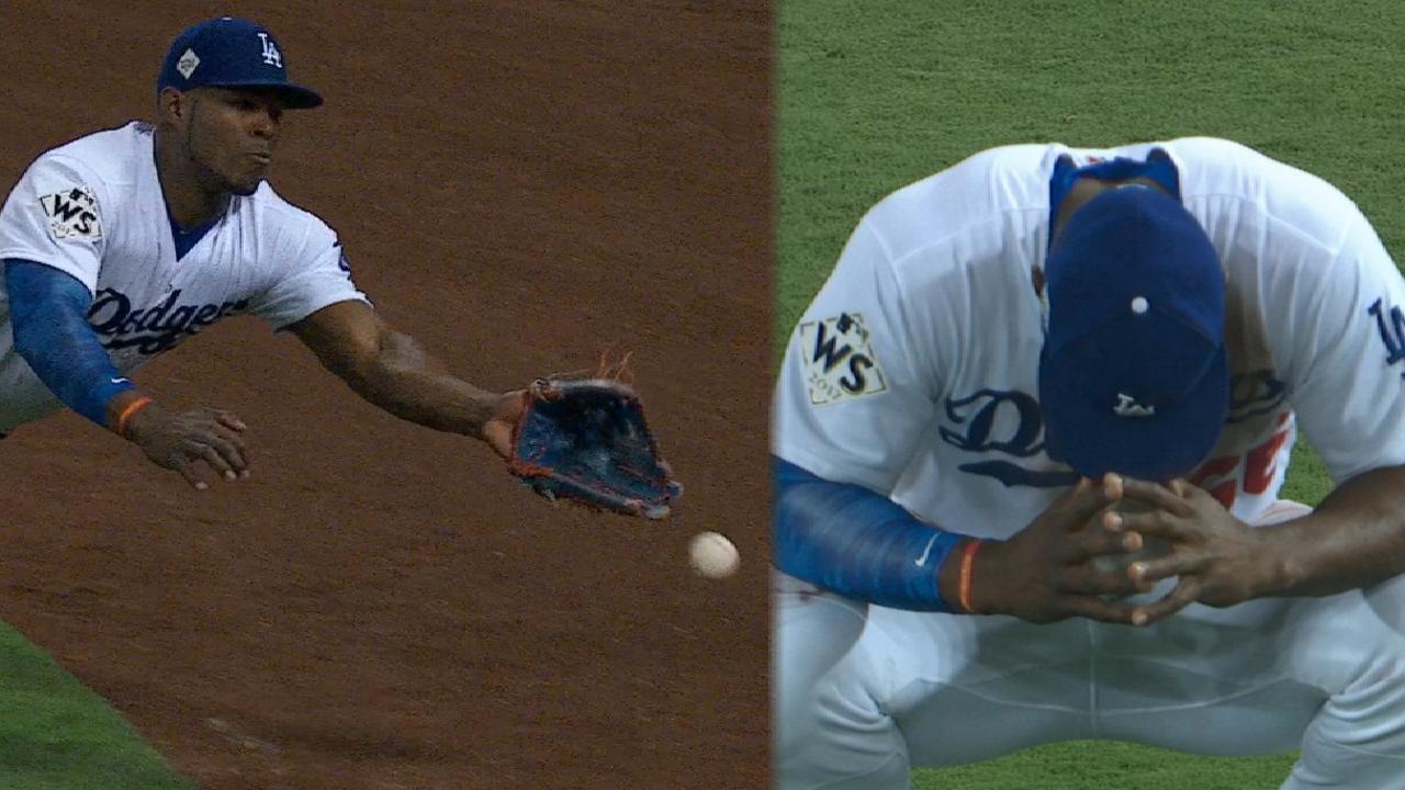 Bregman doubles off Puig's glove