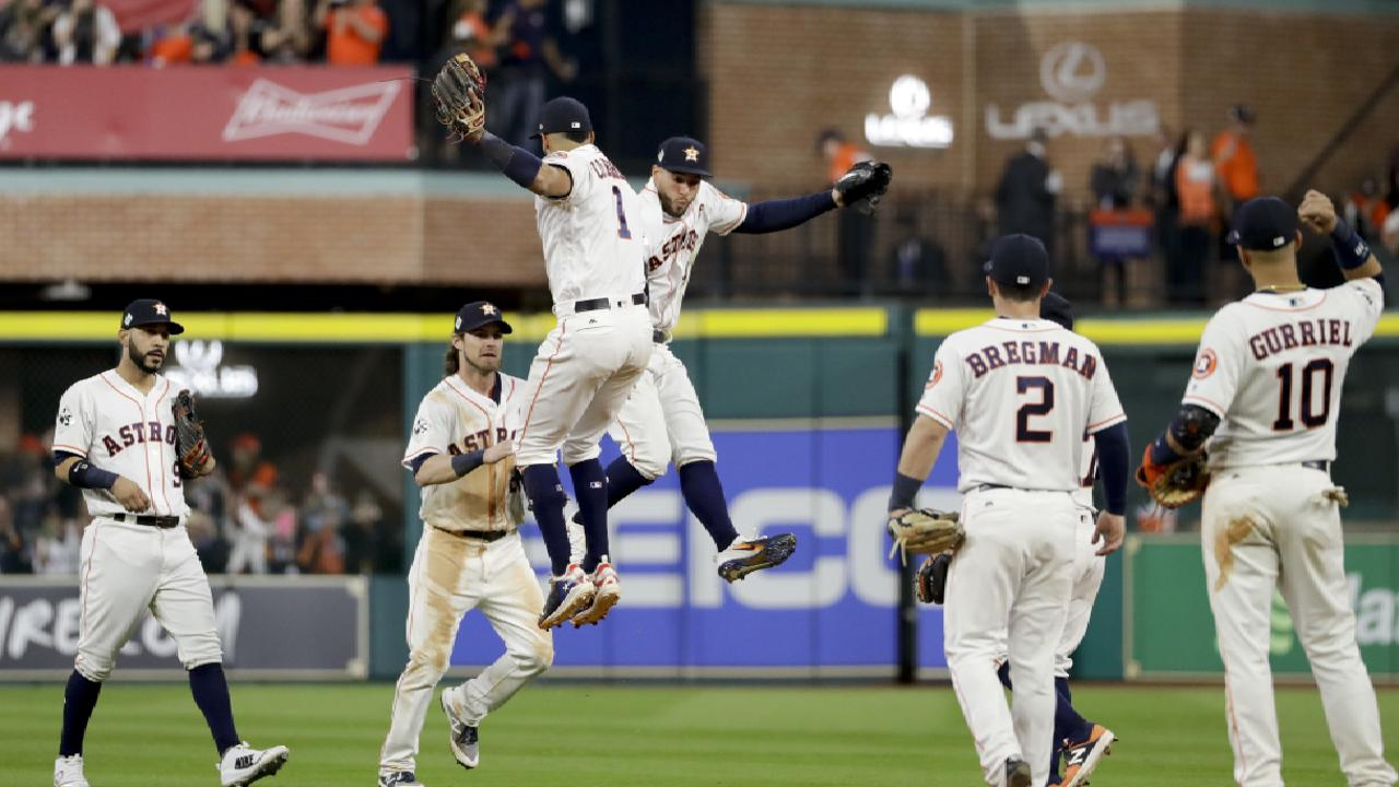 'This city wants it': Astros cooking at home