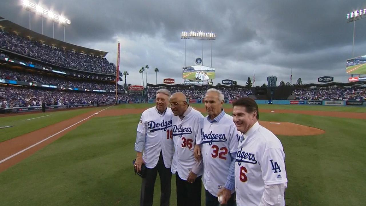 Koufax, Newcombe throw out first pitch for G7