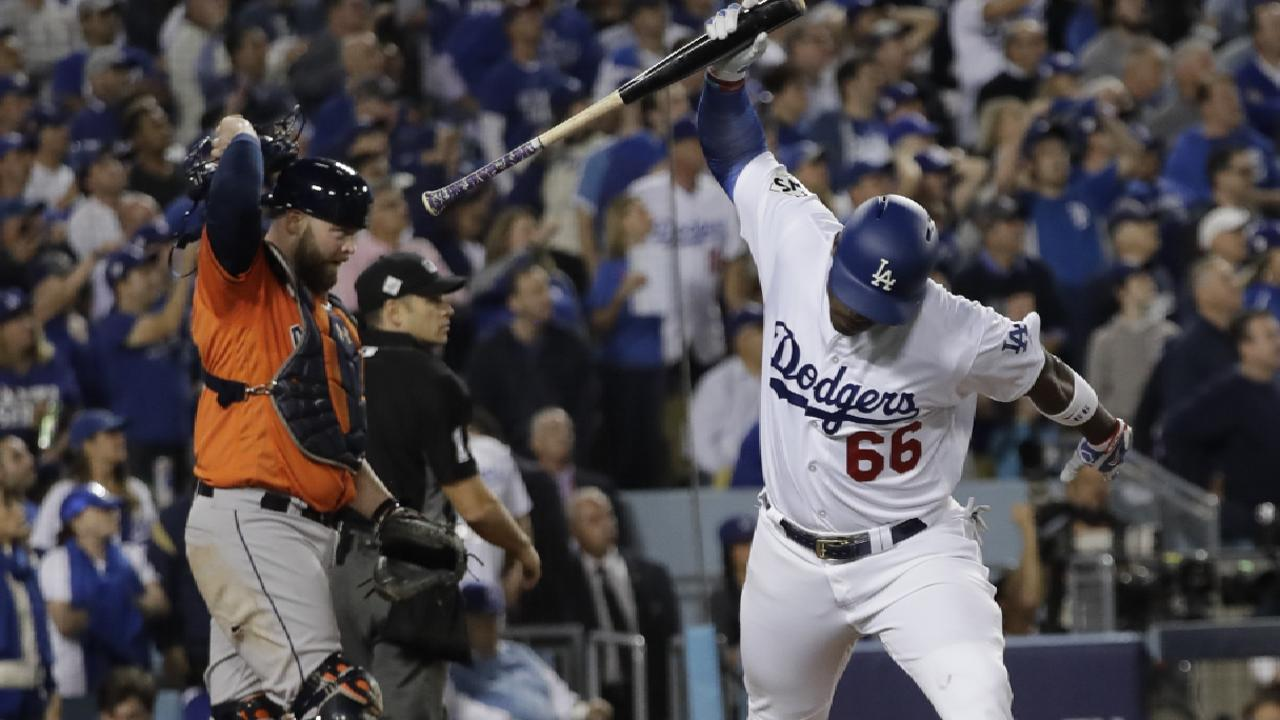 Offensive woes finally catch up to Dodgers