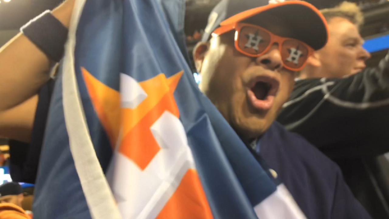 Astros fans celebrate Game 7 win