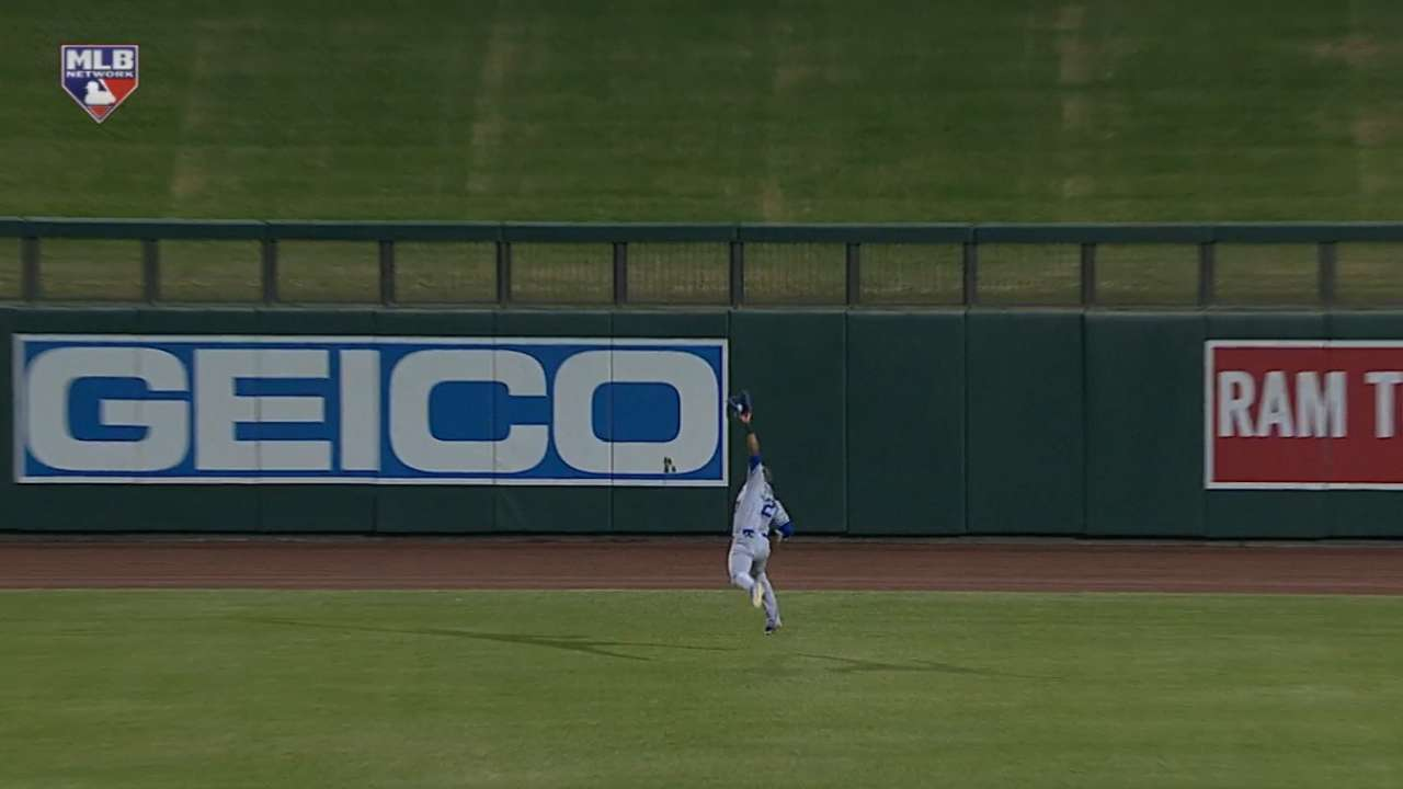 Diaz extends for a nice catch
