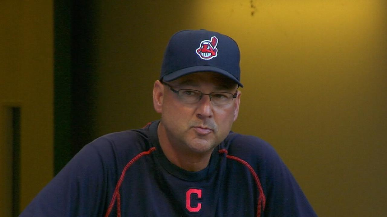 Francona vying for 3rd MOY Award with Tribe