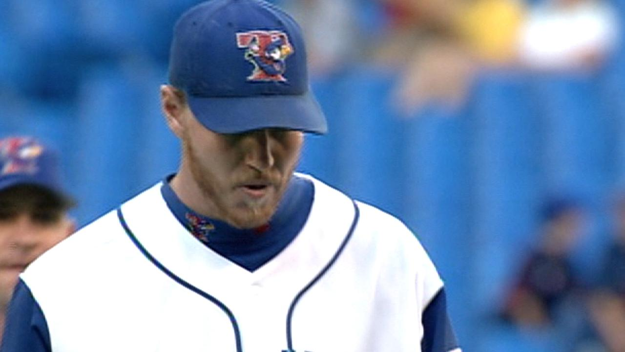 Halladay finishes 10 scoreless