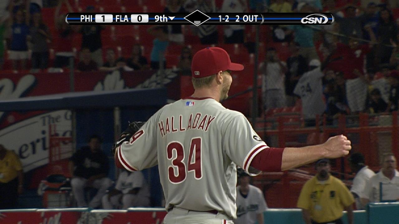 Halladay seals perfecto