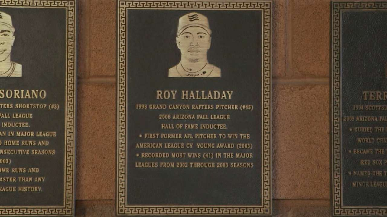 Halladay memorial set for today in Florida
