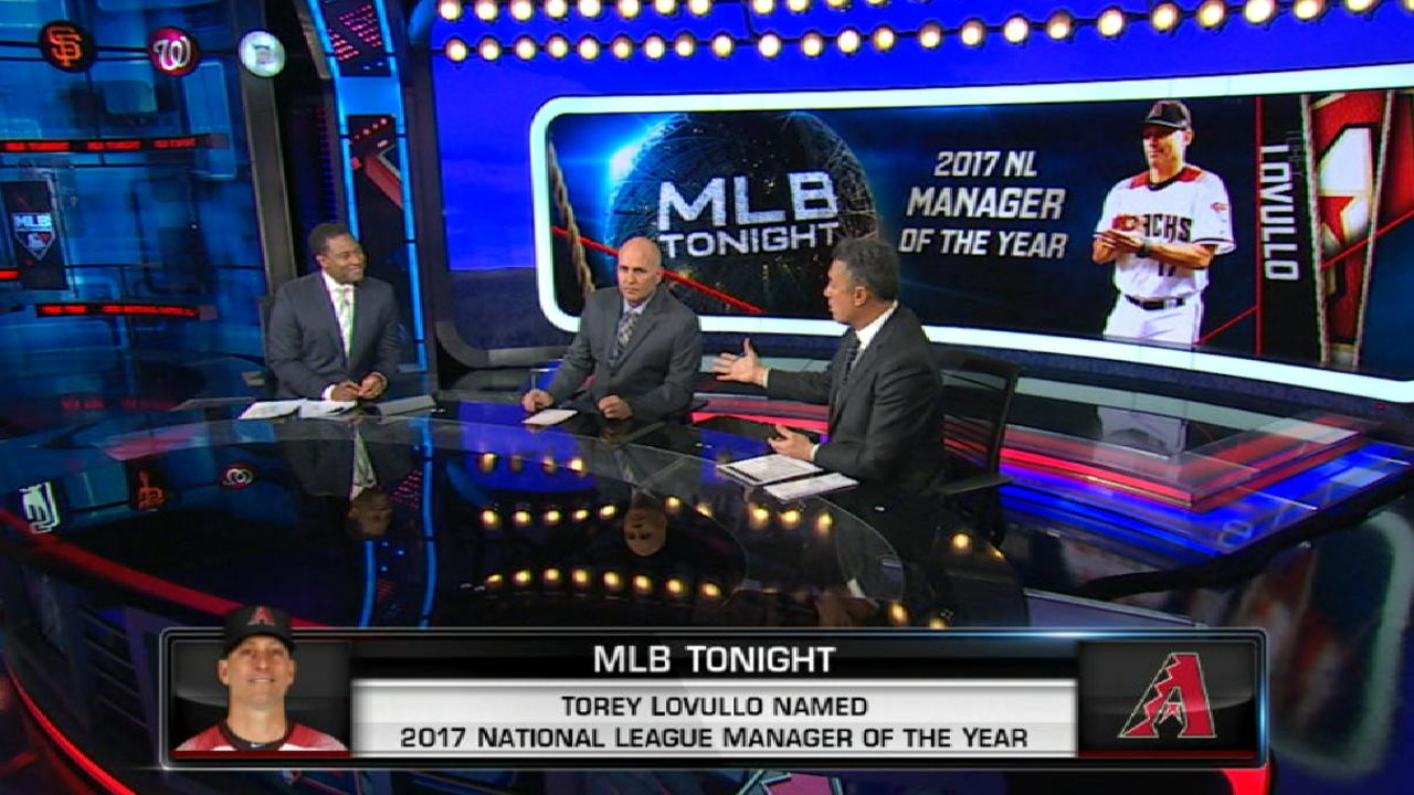 Lovullo wins NL Manager of Year