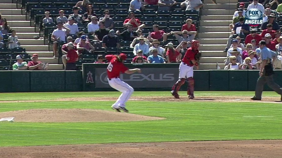 Weaver hits the deck