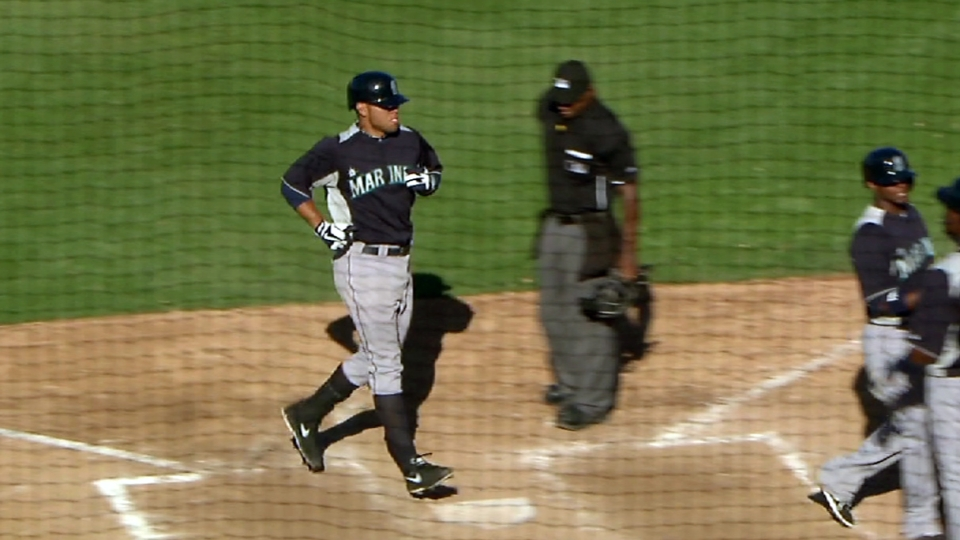 Mariners battle the Royals