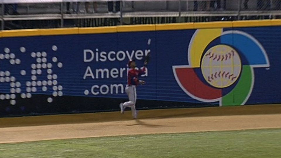 Rosario makes the catch