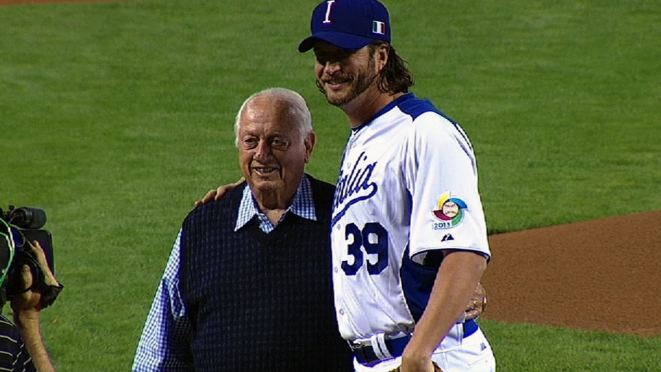 Lasorda throws out first pitch