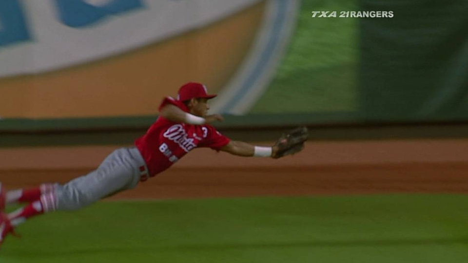 Ortiz's diving catch