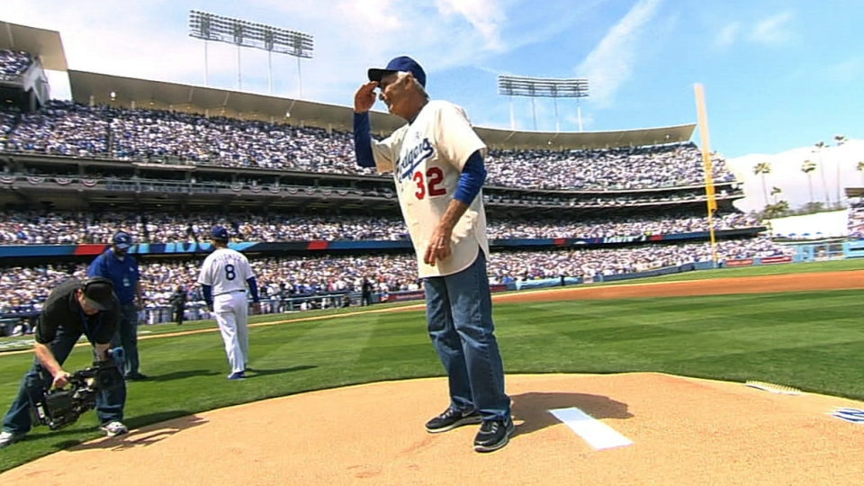 Koufax relieves Magic