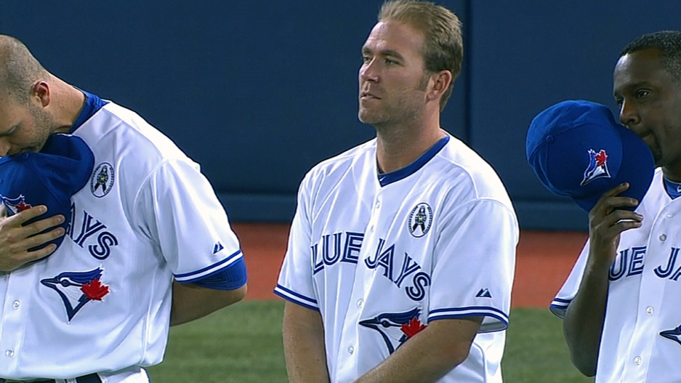 Blue Jays honor Newtown victims