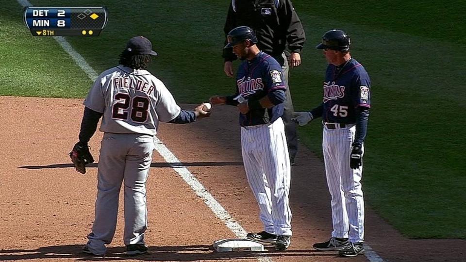 Hicks' first Major League hit