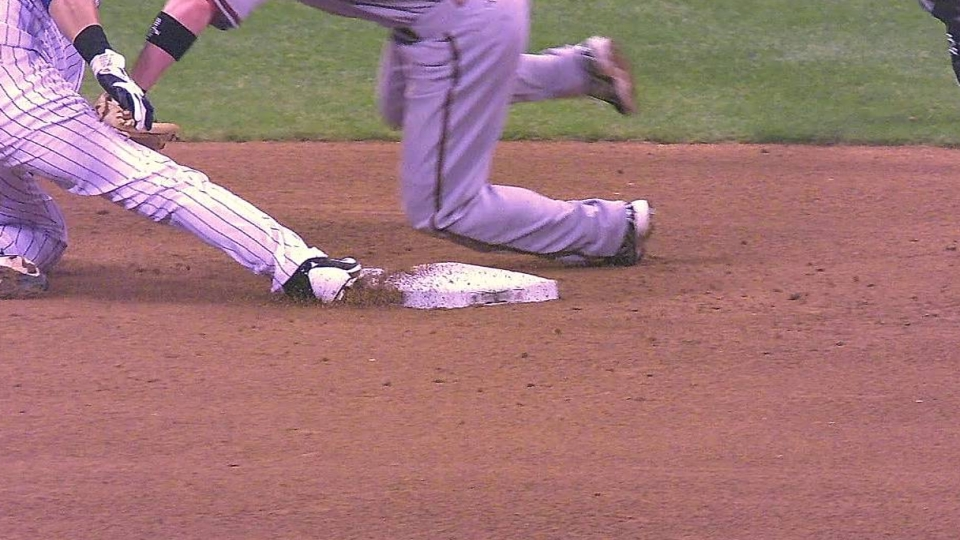 Aramis exits game early