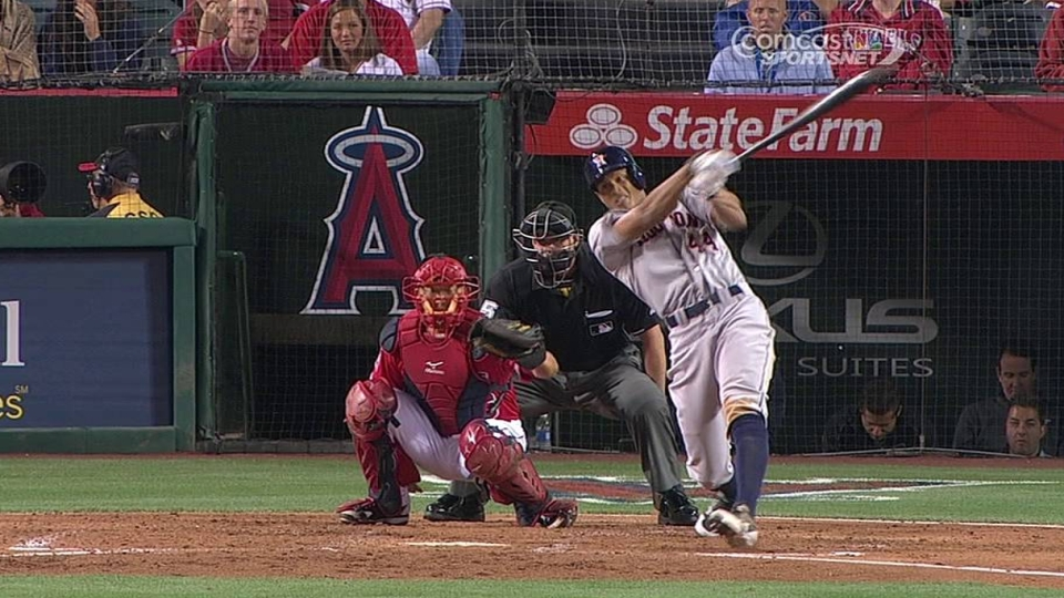 Maxwell's solo home run