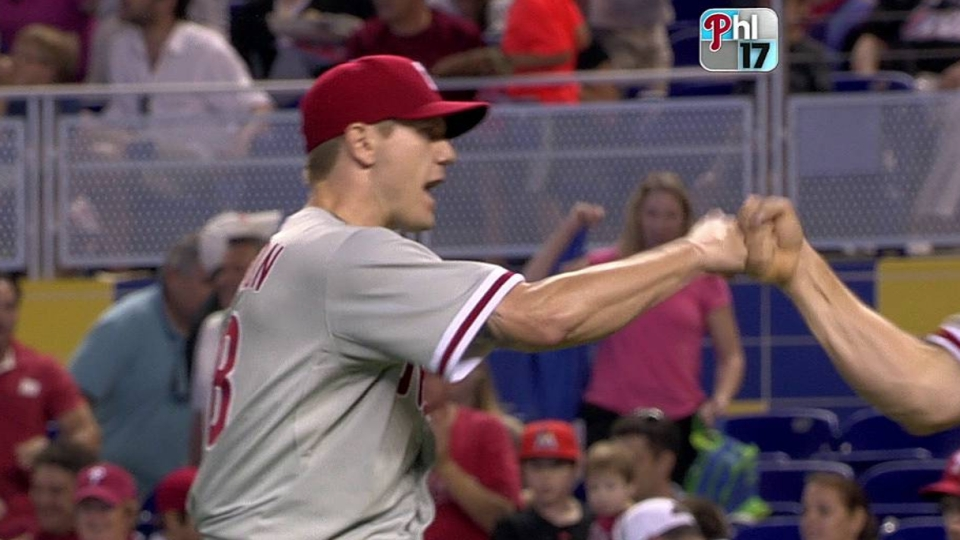 Papelbon closes out the Marlins