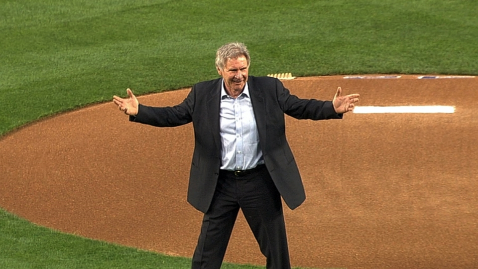 Harrison Ford tosses first pitch