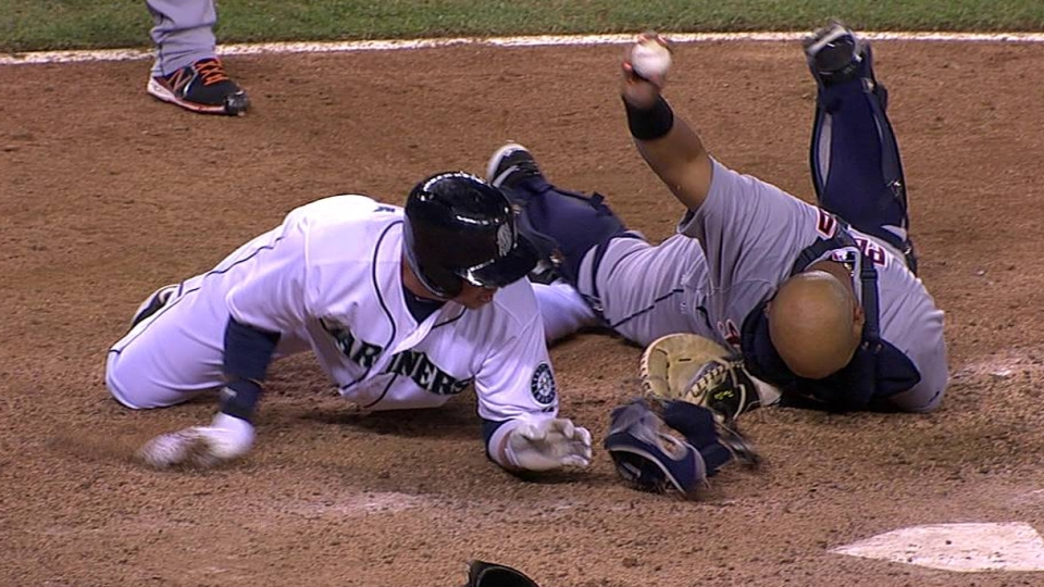 Pena hangs on for final out