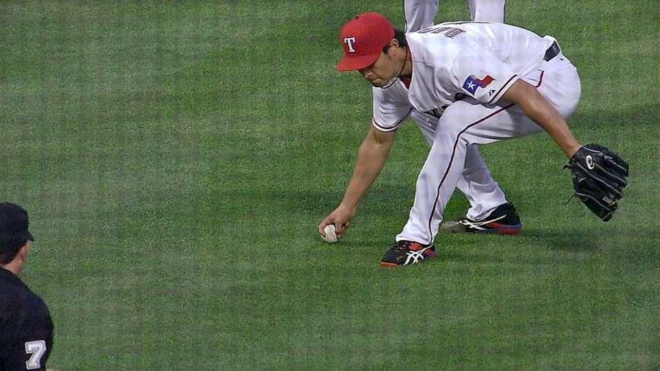 Darvish's nice play