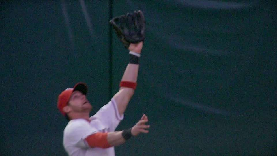 Gentry's leaping catch