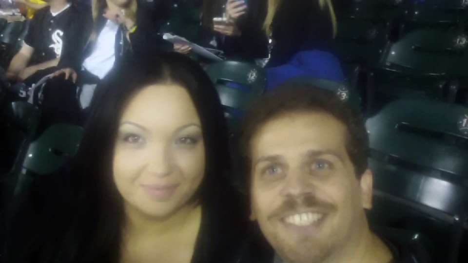 White Sox fans get engaged