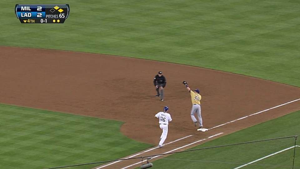 Betancourt's barehanded play
