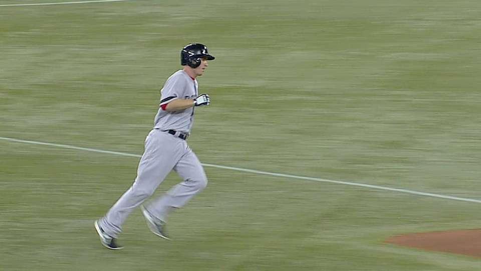 Drew's two-run homer