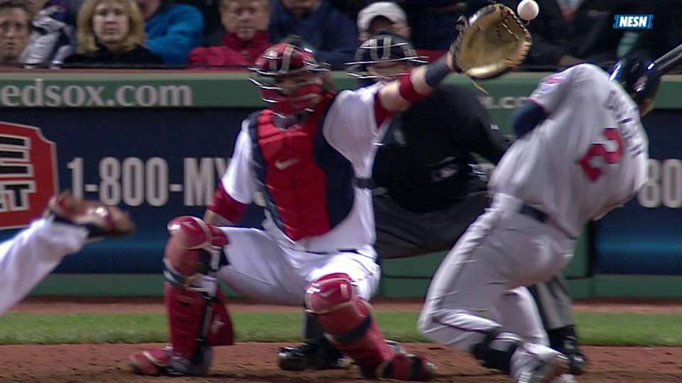 Hanrahan's wild pitch rips sign