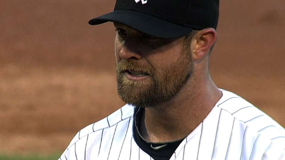 Danks returns to mound