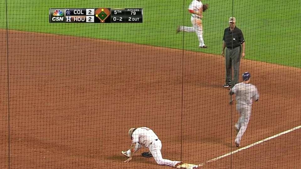 Gonzalez's nice play