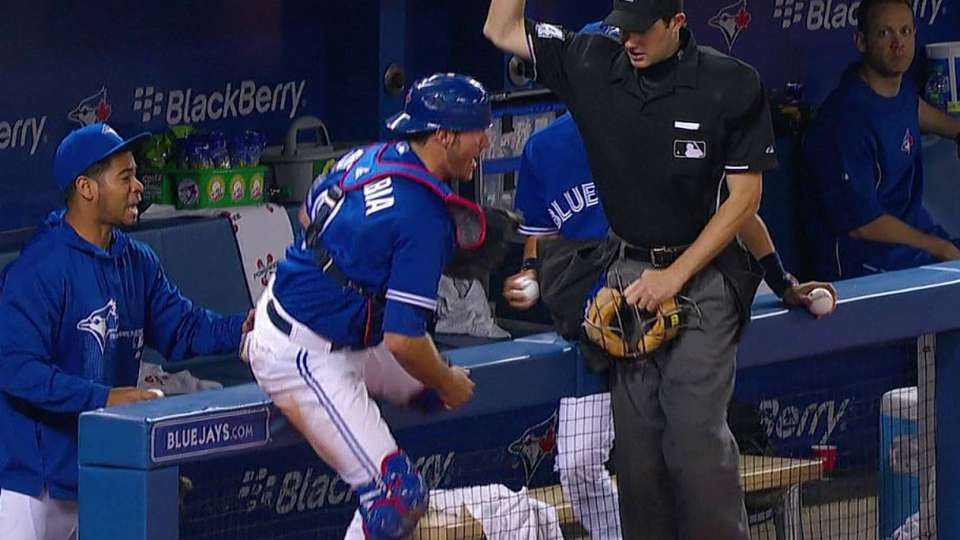 Arencibia's great catch