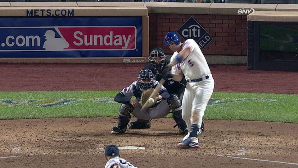 Wright's game-tying single