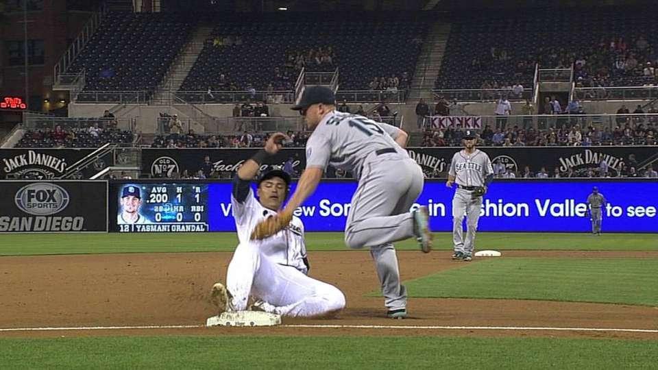 Saunders nabs Cabrera