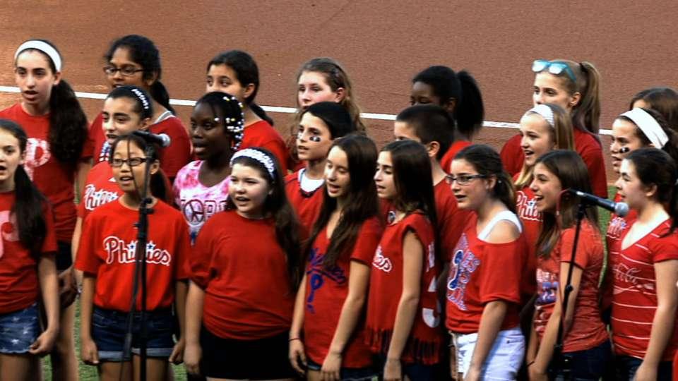 Wissahickon School Chorus sings