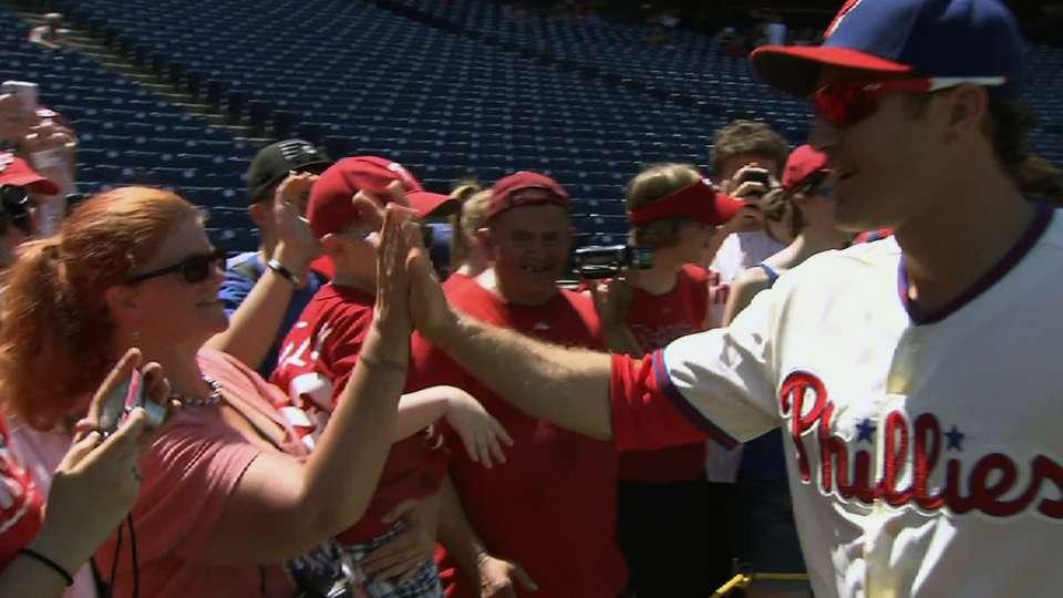 Phillies host Photo Day