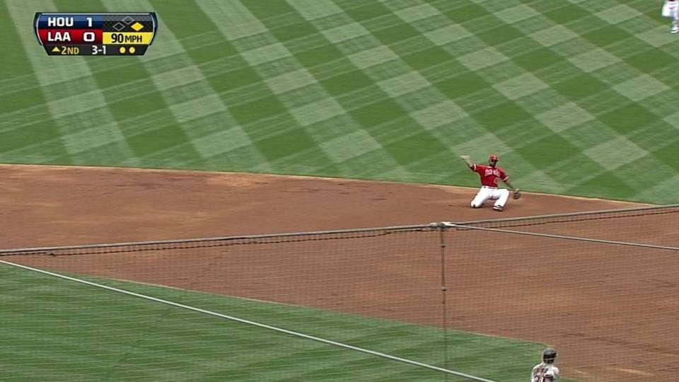 Kendrick's tumbling throw