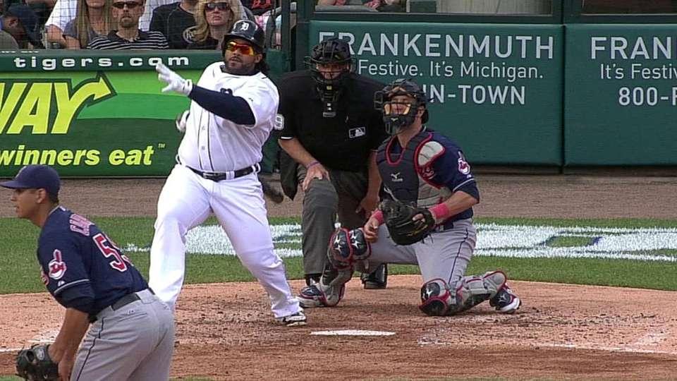 Fielder's three-run double
