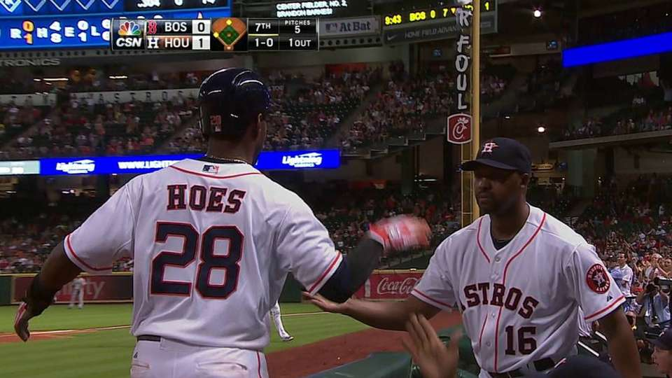 Astros score on squeeze play