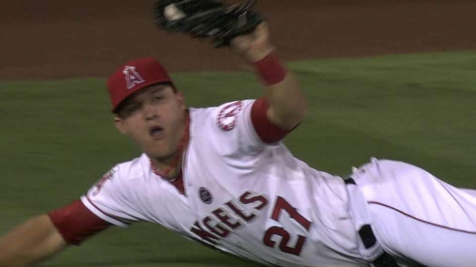 Trout's diving catch