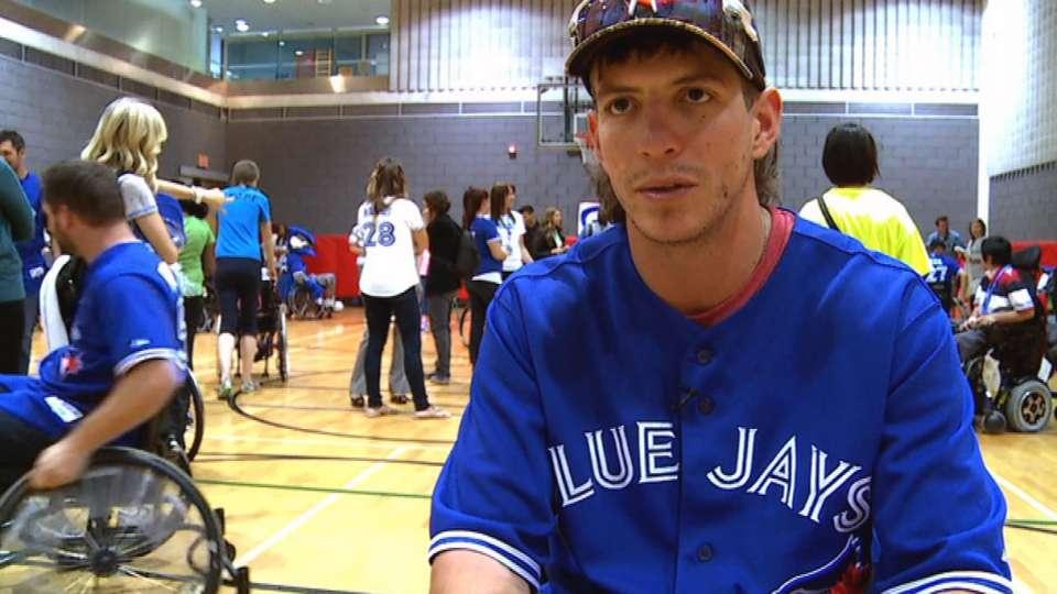 Blue Jays visit rehab hospital