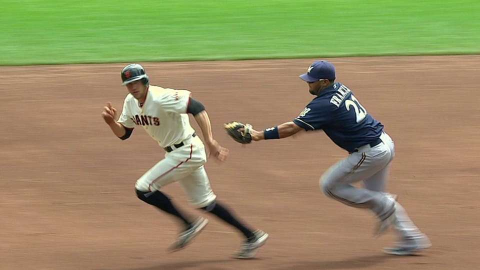 Lucroy throws out Pence