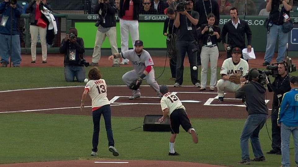 Giants pay tribute to Boston