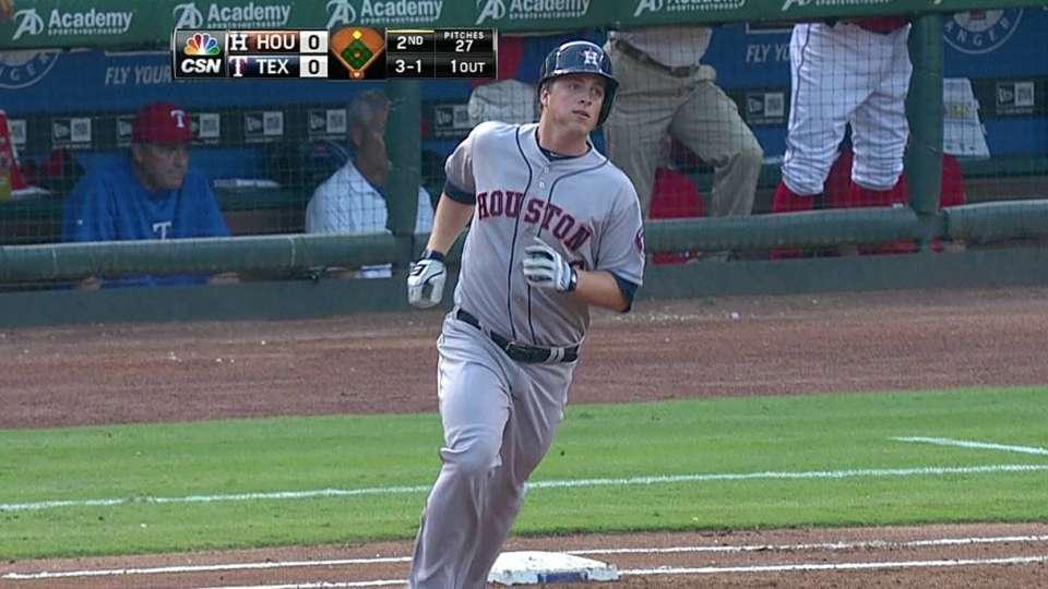 Dominguez's two-run blast