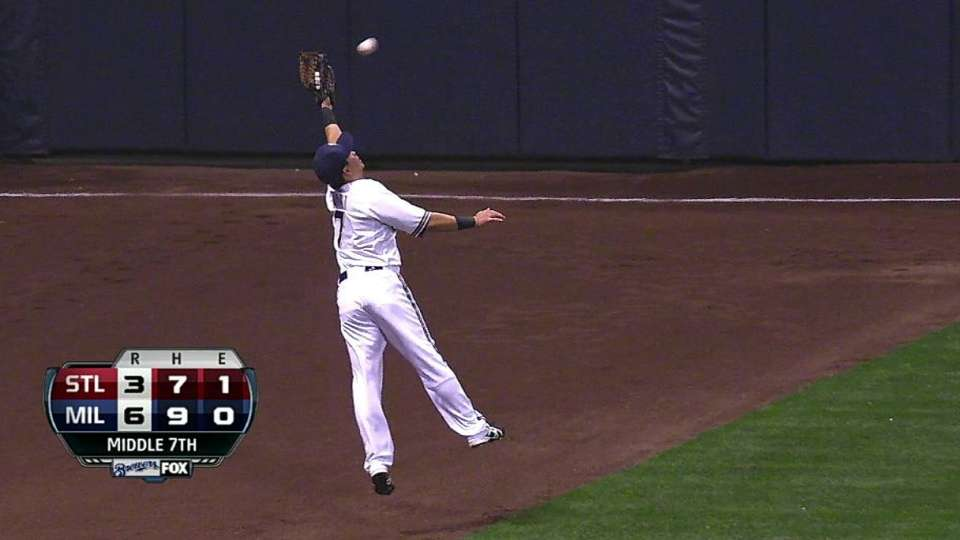 Aoki's leaping catch