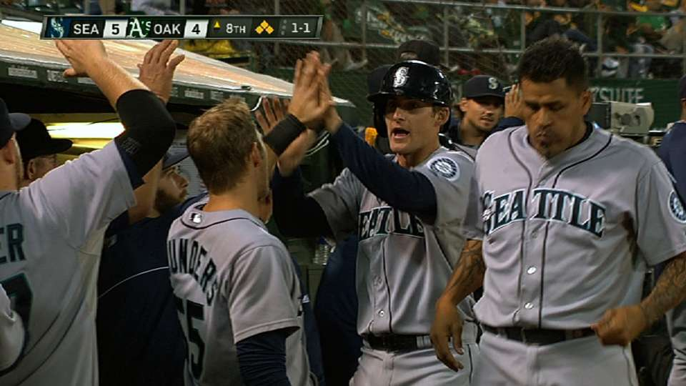 Mariners' five-run eighth