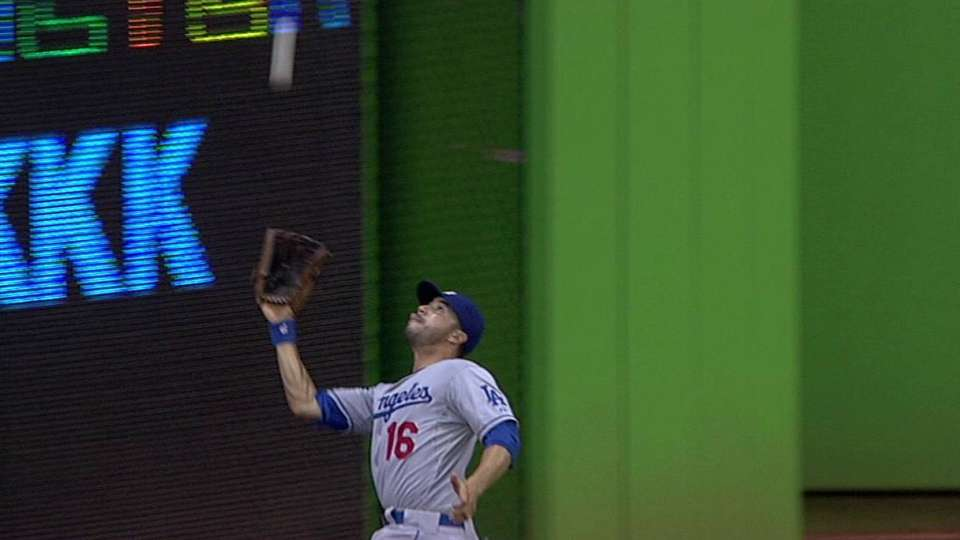 Ethier's game-ending catch