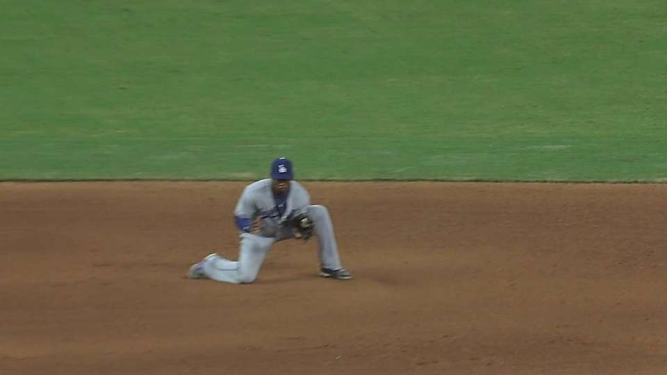 Hanley tries to drop line drive